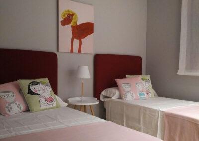 Decoración habitación niña con en Cambrils