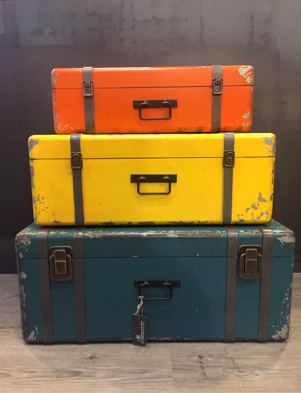 Set maletas madera con asas en hierro