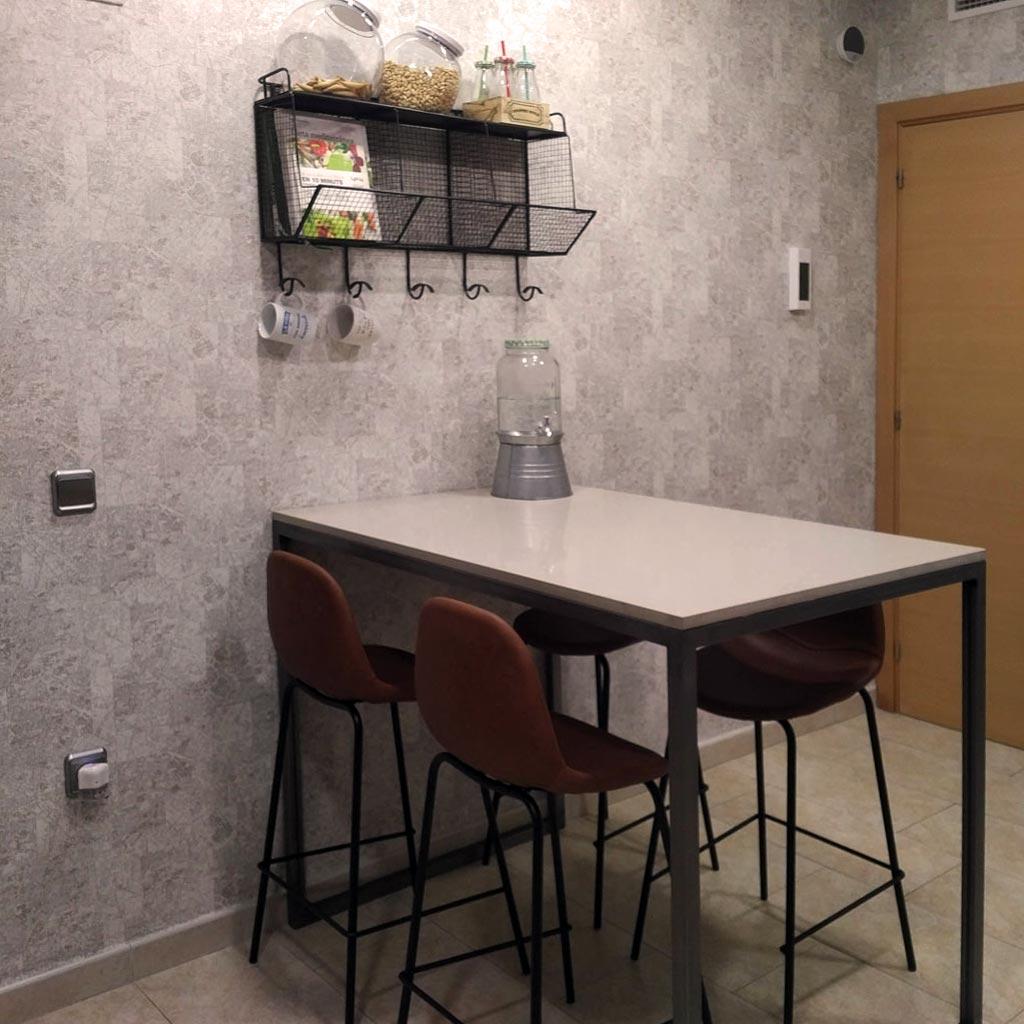 Cambrils, interiorismo en salón y cocina - La Caseta de la ...
