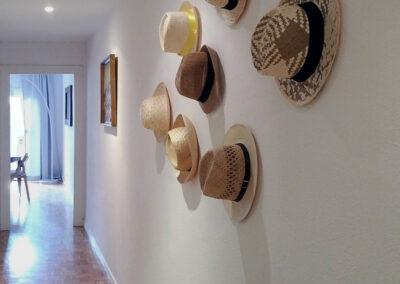 3-pasillo-collage-sombreros