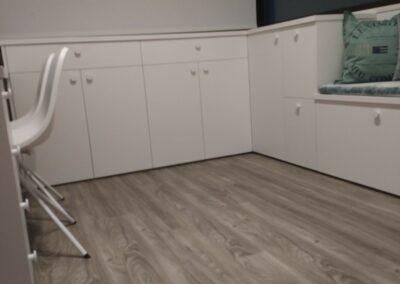 3 Mueble con cajones y puertas